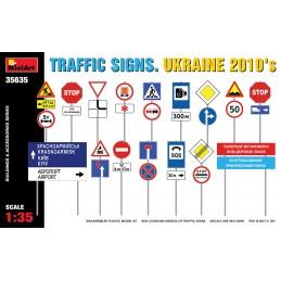 Miniart 1/35 Traffic Signs...