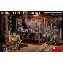 Miniart 1/35 Dinner on the...